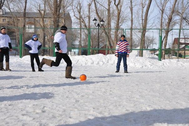 VII чемпионат игр «Футбол в валенках-2016»
