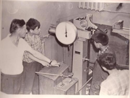 Лабораторная работа по сопротивлению материалов