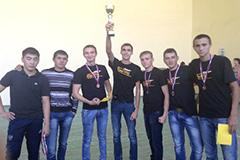 Победа в соревнованиях по волейболу